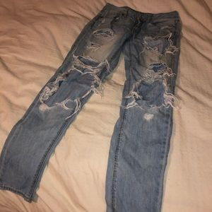 American Eagle Outfitter Ripped Jeans